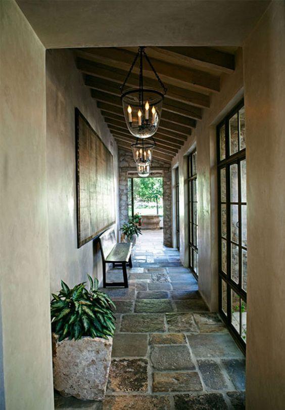 backhallway