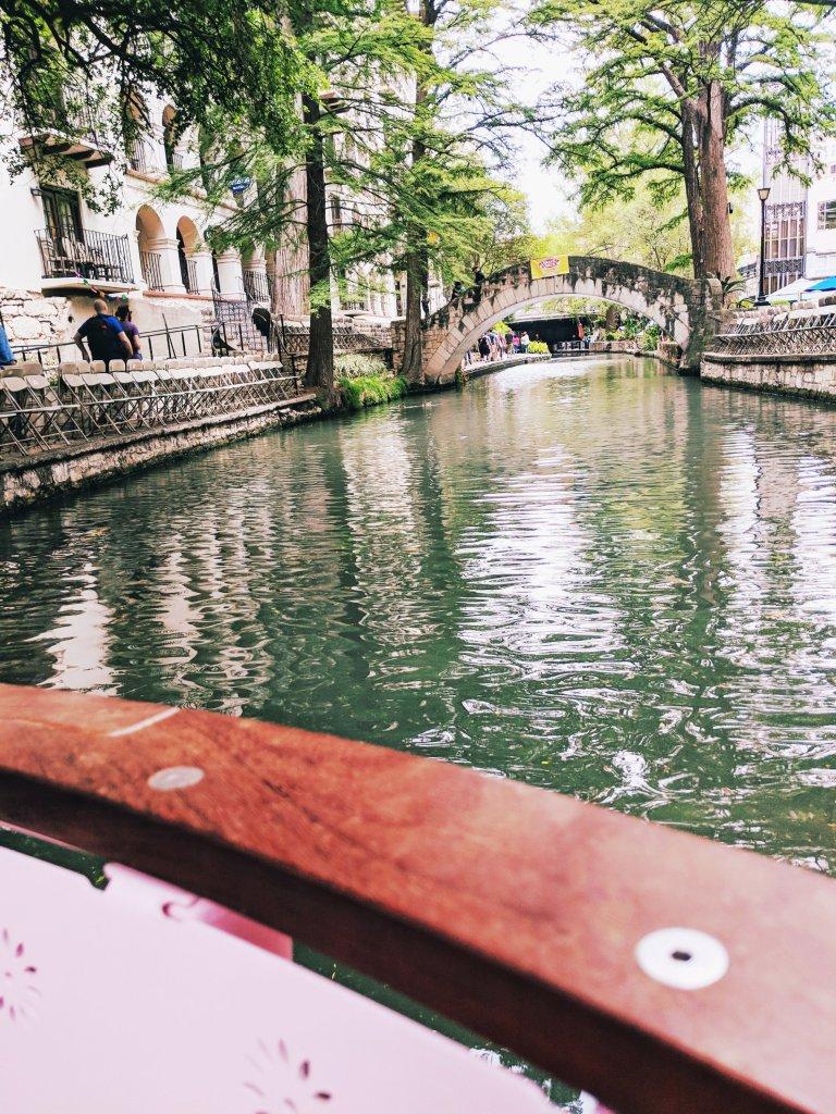 san antonio riverwalk selena's bridge