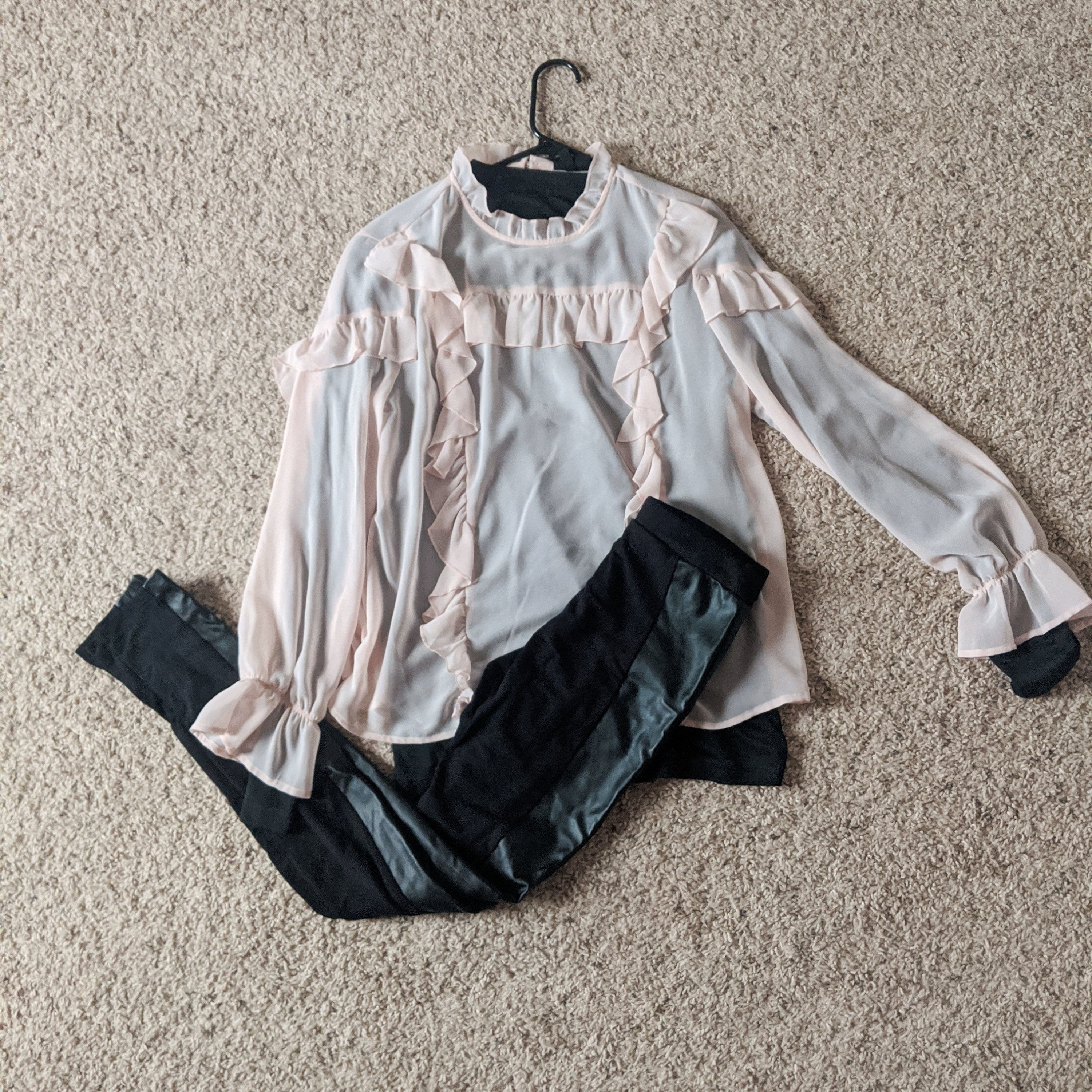my christmas outfits pink ruffles top and pleather leggings